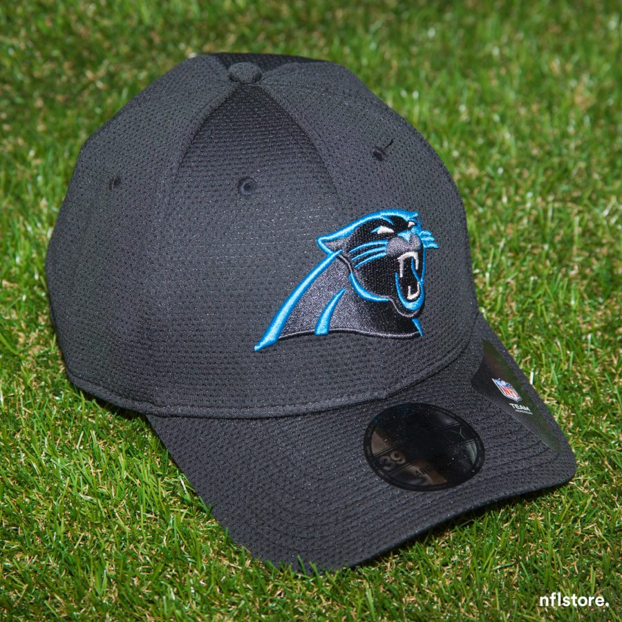 Kšiltovka New Era 39THIRTY Sideline Tech NFL Carolina Panthers 895 Kč