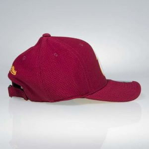 ksiltovka-mitchell-and-ness-cleveland-cavaliers-hexagon-jersey-mesh-hook-and-loop-koupit-praha