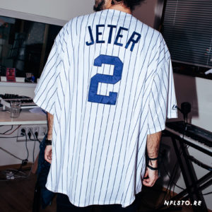 mlb-mens-new-york-yankees-derek-jeter-majestic-white-home-cool-base-player-jersey-105-euro