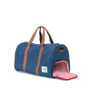 taska-herschel-supply-novel-duffle-navy-novinka
