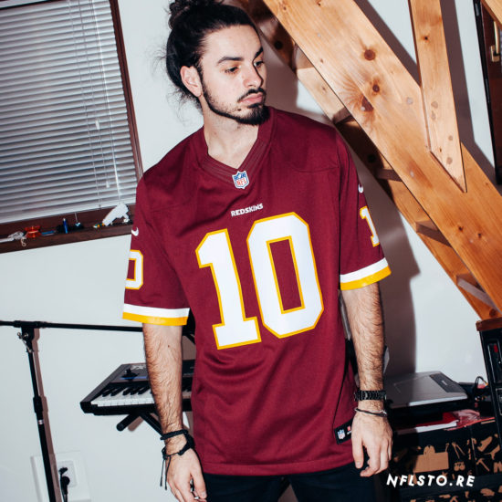 Dres Nike NFL Washington Redskins 10 Griffin III 1990 Kč